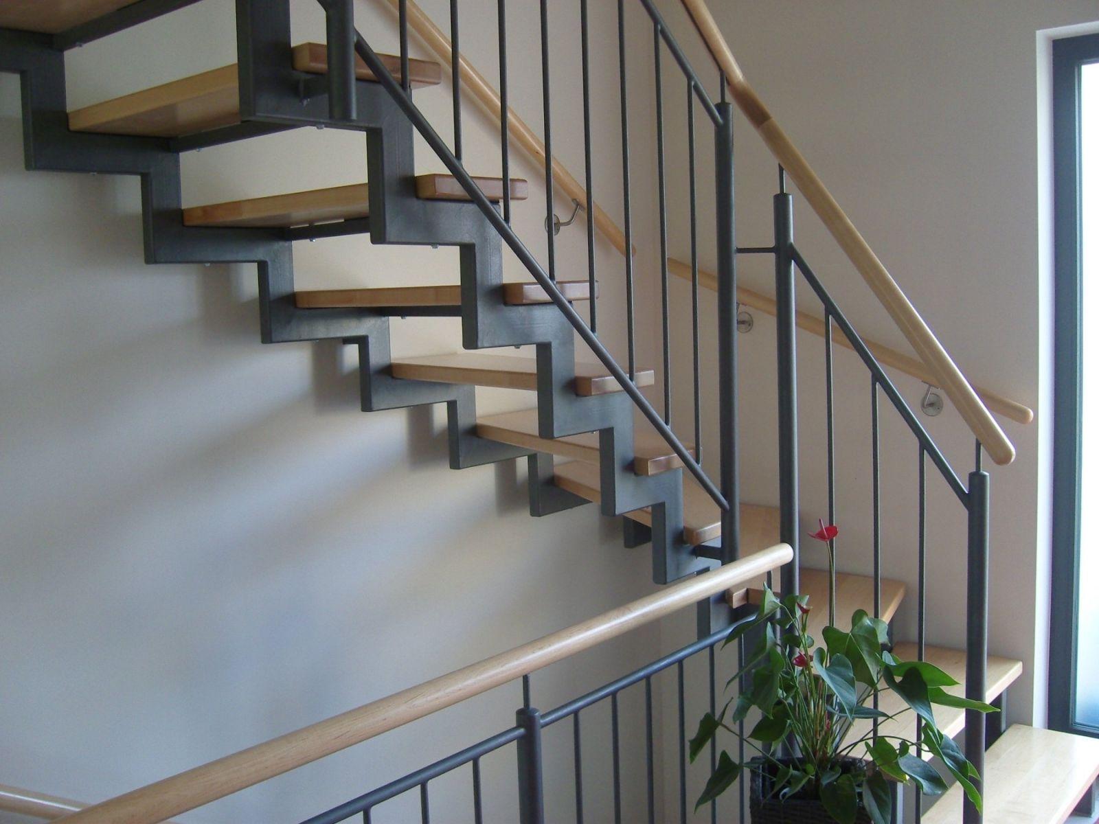 willkommen bei der klaus treppenbau gmbh klaus. Black Bedroom Furniture Sets. Home Design Ideas